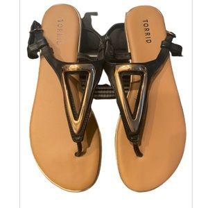 Torrid Faux Black Leather & Gold T Strap Sandals
